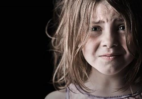 Почти треть латвийцев бьют своих детей