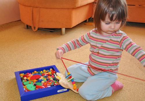 Игрушки-развивашки почемучки Арины