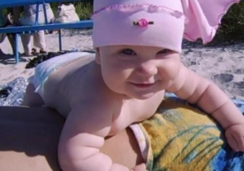 Домашнее видео: отдых с малышом на море
