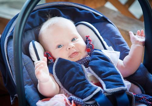 Когда малыш начинает улыбаться?