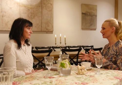 """Передача """"Мамин клуб"""" 2 февраля: здоровье вен во время беременности, салат с кус-кусом, борьба со стрессом"""