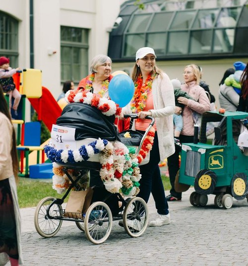 Приходи на Парад колясок и получи гарантированные призы + возможность выиграть и в номинации!