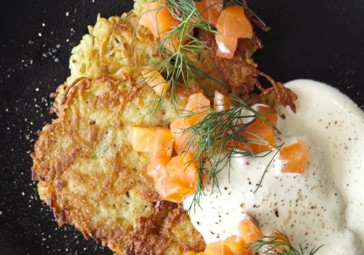 Вкусно и быстро: блинчики с лососем