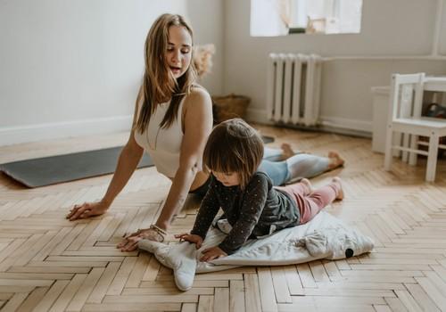 Тренируемся дома! Упражнения, которые отлично подойдут детям до 10 лет