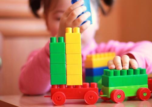 Компания Lego стала вторым по величине производителем игрушек в мире