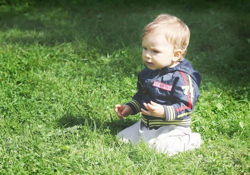 Как узнать, что ребёнок перегрелся на солнце и получил ожоги?