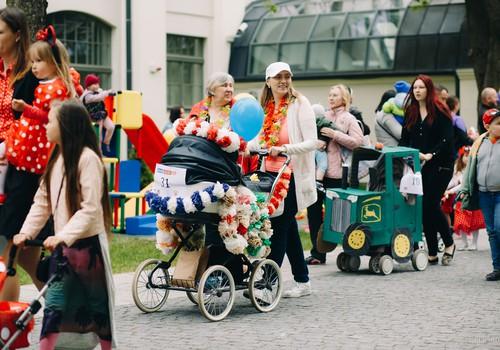 Удивительный, ШИКАРНЫЙ парад колясок на фестивале Маминого Клуба: ФОТОРЕПОРТАЖ