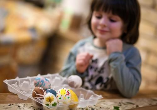 Пасхальные яйца: красим с детьми
