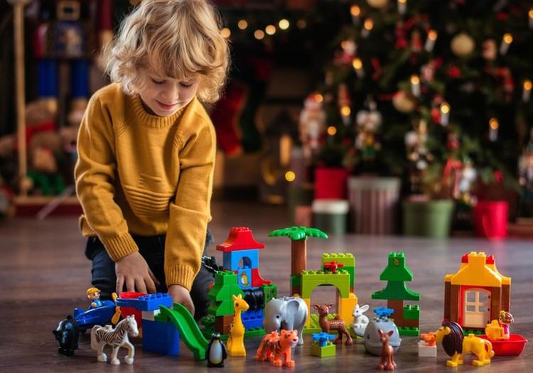 Лучшие идеи для рождественских подарков детям от рождения до 7 лет