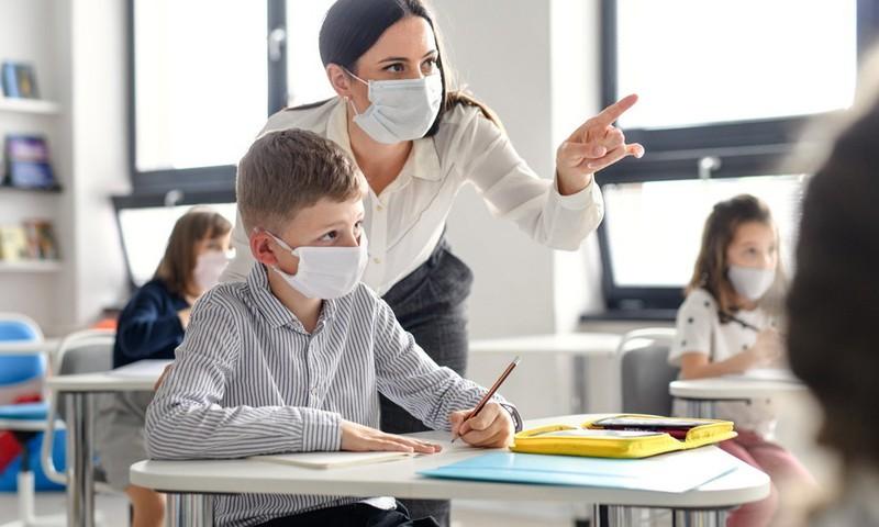 """Шуплинска: соответствие муниципалитетов требованиям """"безопасной школы"""" будет пересматриваться каждые две недели"""