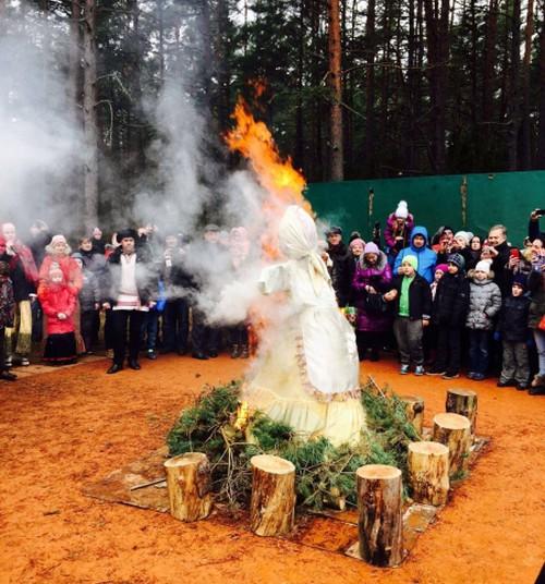 Цыгане, блины и сожжение соломенного чучела: санаторий «Янтарный берег» готовится встретить Масленицу!