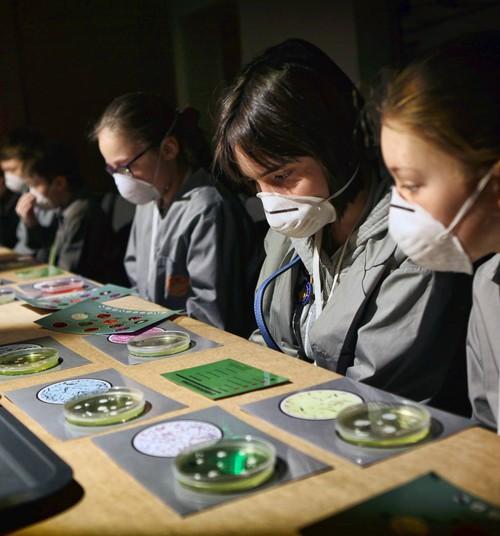 """""""GUDRA RĪGA"""" приглашает на новую программу """"Охотники за микробами""""!"""