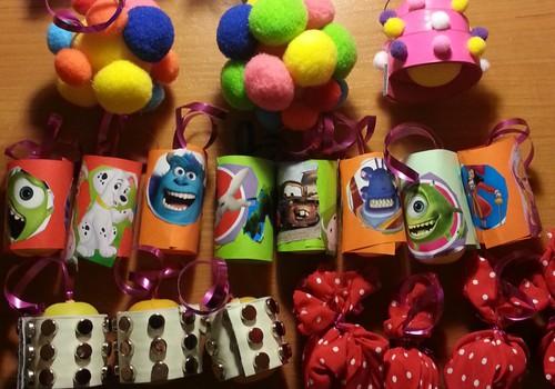 """Новогодние игрушки из яиц """"Киндер-сюрприз"""""""