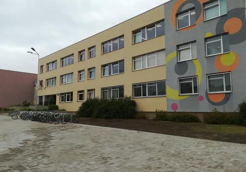 В Плявниеках новая спортивная и детская площадка!