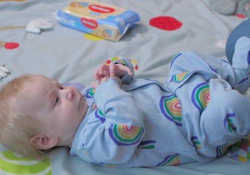 Путеводитель: всё о развитии малыша на третьем месяце жизни