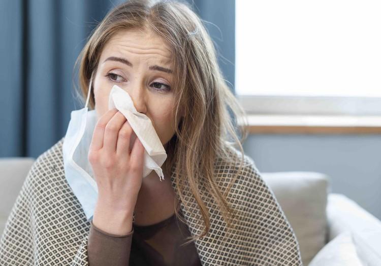 Опять насморк? 5 советов по правильному лечению насморка у взрослых и детей