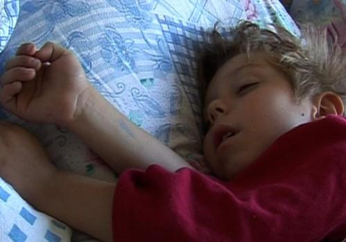 Почему ребенку важно спать днем?