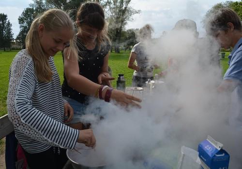 Дневной лагерь Laboratorium: приглашаем юных учёных!