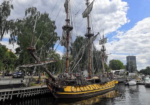 Лето, ах лето: все на борт! – деревянные парусные корабли ждут гостей