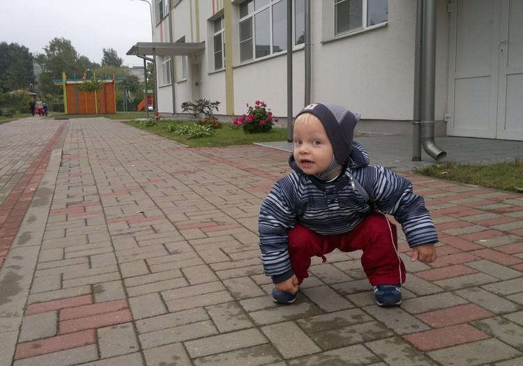 Детсадовец Артём. Утренние слёзы и путаница с вещами