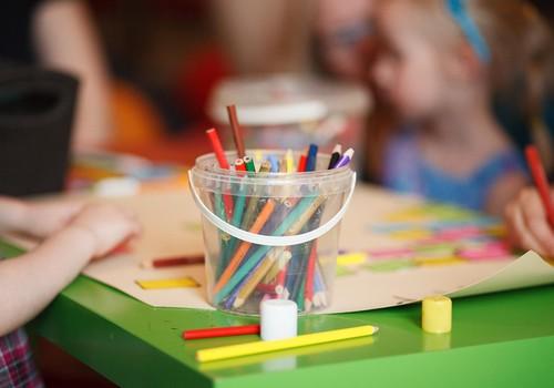 Развивающие занятия с 1 года до 2 лет: важно экспериментировать!
