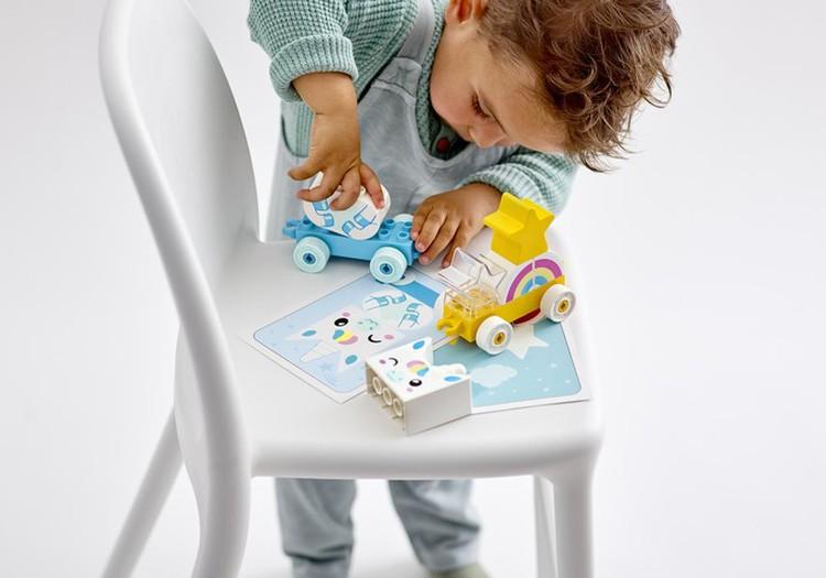 Как играть с ребенком, чтобы способствовать его общему развитию?