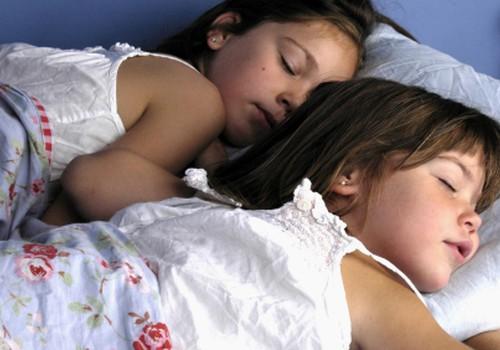 Когда ребёнок перестанет спать днём?