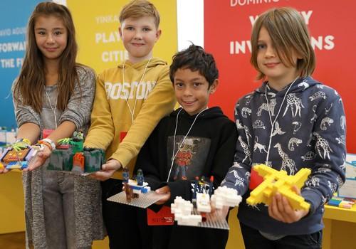 """Новая кампания LEGO"""" перестрой мир!"""