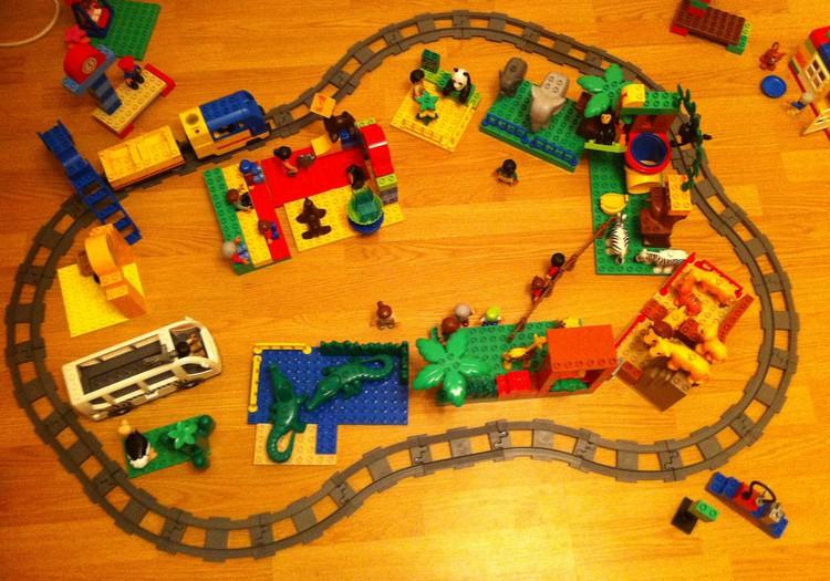 Наш городок LEGO Duplo
