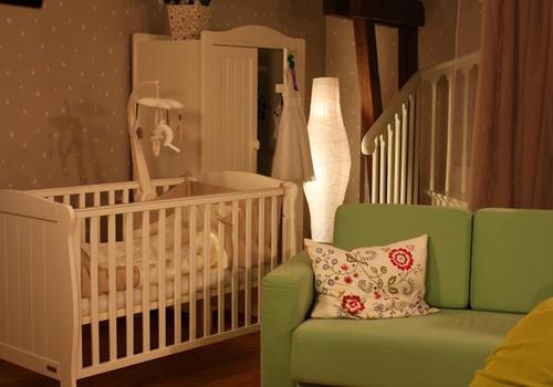 Дуэль МК: Пригодилась ли Тебе кроватка для новорождённого?