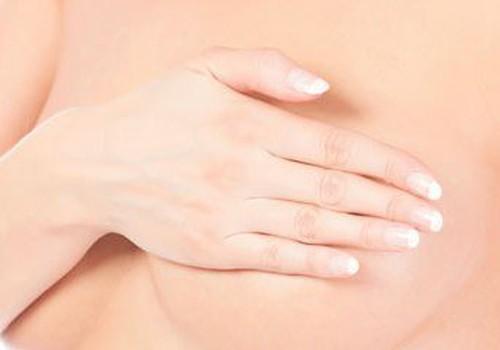 Проблемы с грудью. Обзор кремов и мазей при трещинах