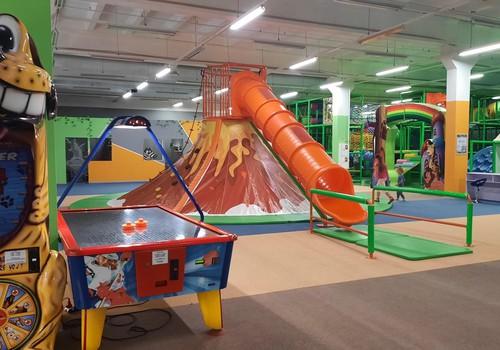 """Парк аттракционов """"Fun Park"""" в Иманте."""