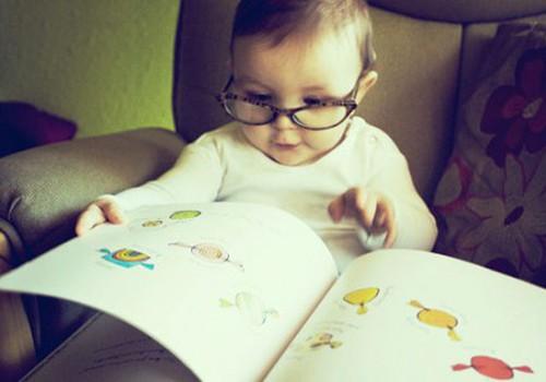 Как научить малыша читать?
