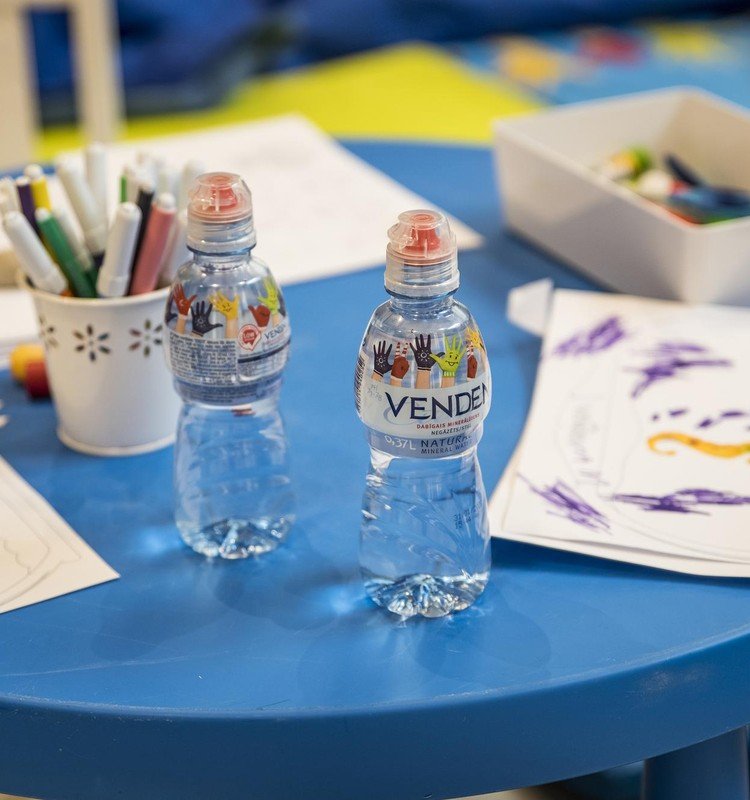 Что такое «детская вода» и какую воду в лучше выбирать для малыша?
