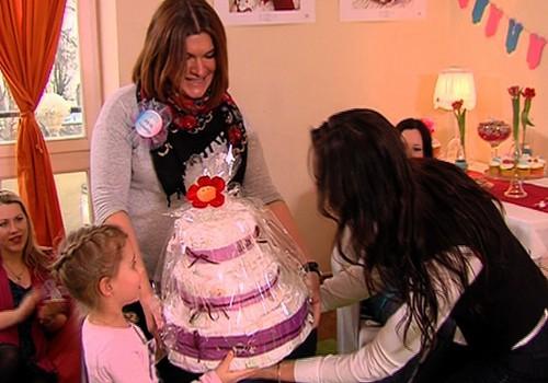 ВИДЕО: Baby Shower будущих мамочек с певицей Марией Наумовой