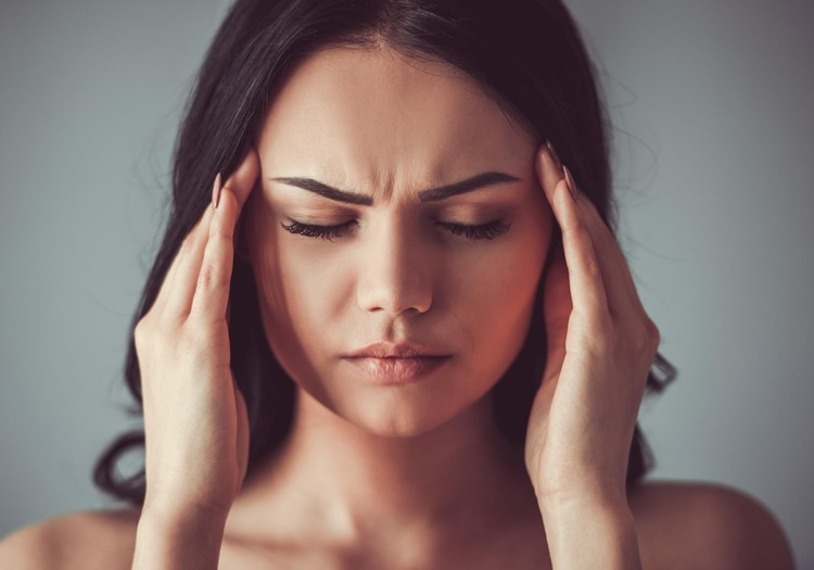 Регулярная головная боль: почему она появляется и как с этим бороться?