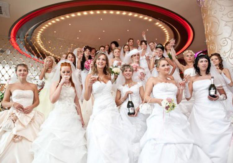 И, наконец, III-я часть видео Парада Невест!