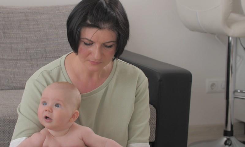 Видео: как успокоить малыша