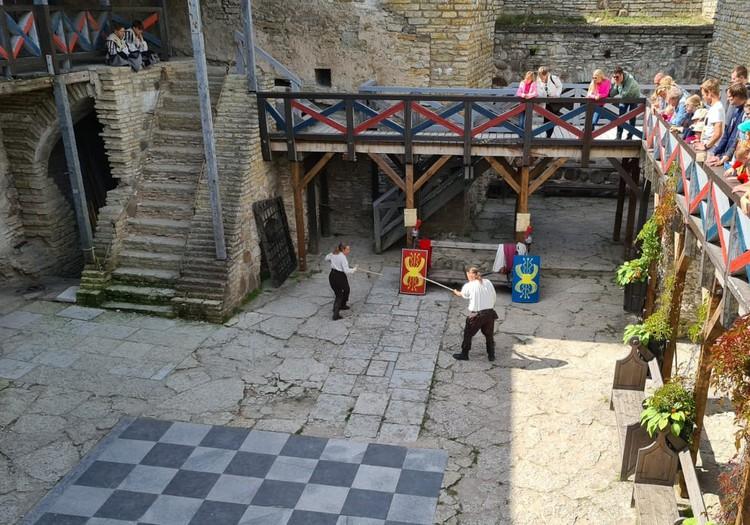 Эстония: замок Раквере
