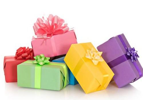 Идеи подарков для взрослых и не только