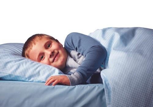 Впитывающие ночные трусики DryNites® - для детей, которые просыпаются в мокрой постели!