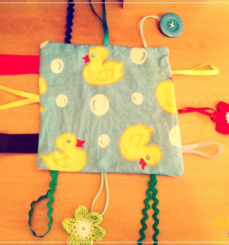 МАСТЕР-КЛАСС: Развивающая игрушка-тряпочка