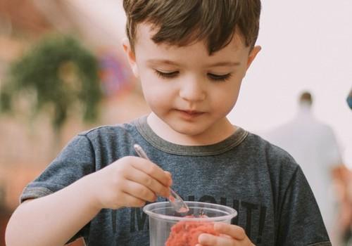 Решается вопрос о финансировании обедов для школьников 1-4 классов