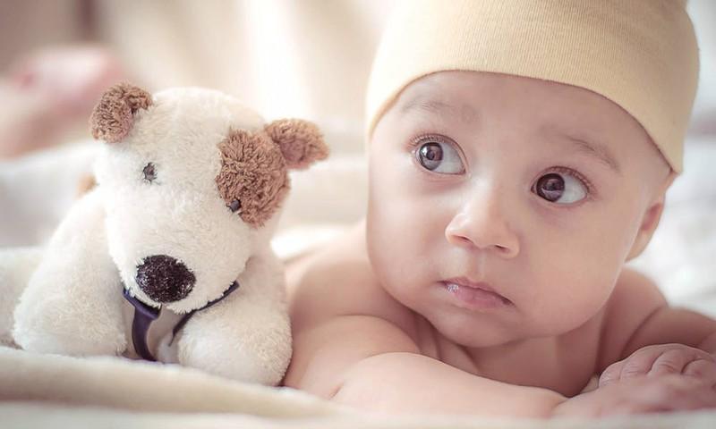 Насморк у малыша: помогаем без волнений