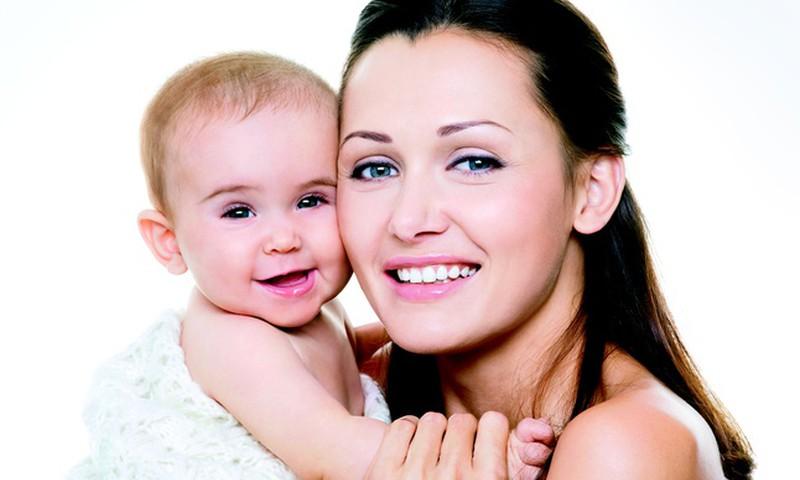 Выпадение и ломкость волос - проблема 50% женщин после родов
