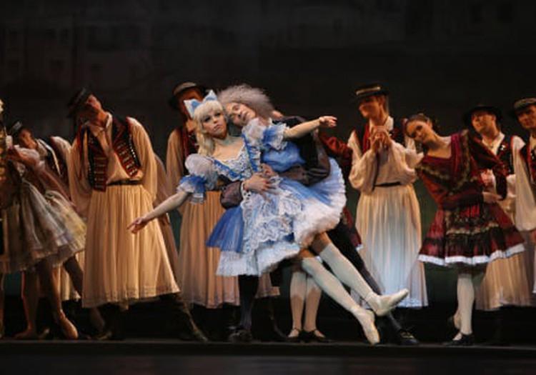 """Есть билет на балет, на трамвай билета нет. """"Коппелия"""""""