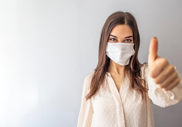 Доктор, у меня маскне! Как избежать неприятностей, вызванных ношением маски?