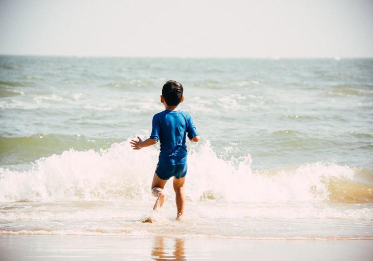 От плескания у воды до трагедии - всего несколько секунд
