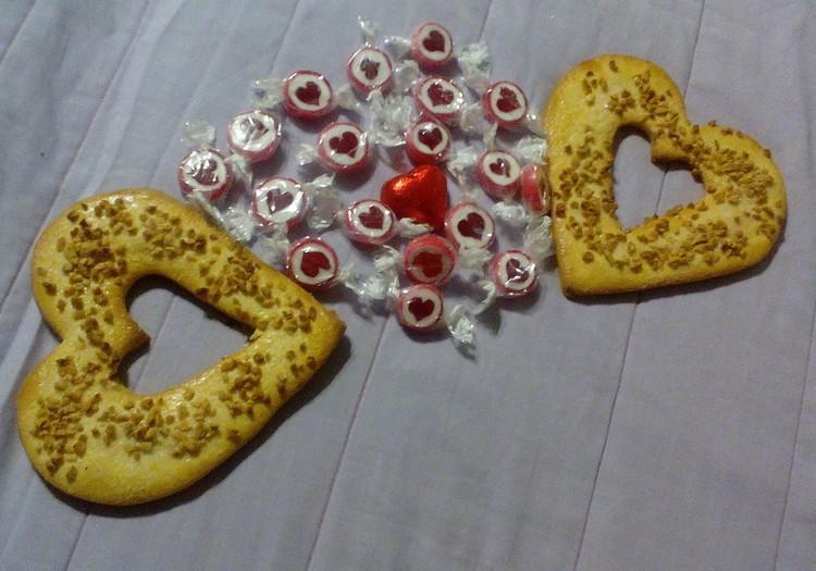 Тимур: Любовь - это когда много сердечек
