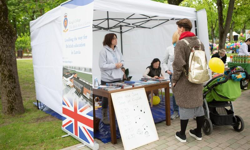 Британская школа показала, как интересно и весело можно освоить английский язык